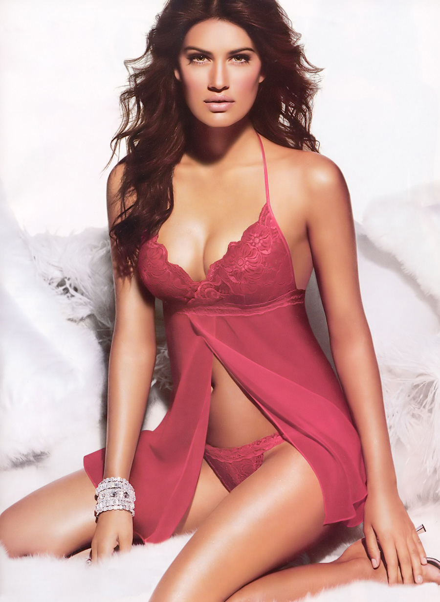 lingerie picture  cla-1067-yamila-diaz-002.jpg