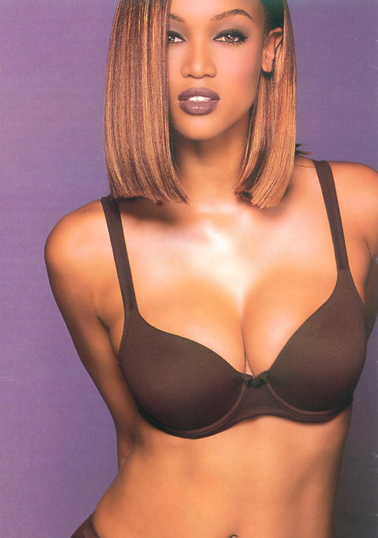 Tyra Banks Sey Lingerie